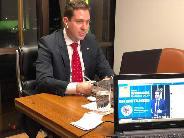 Relator da PEC de adiamento das eleições municipais participa de live com Eduardo Bismarck