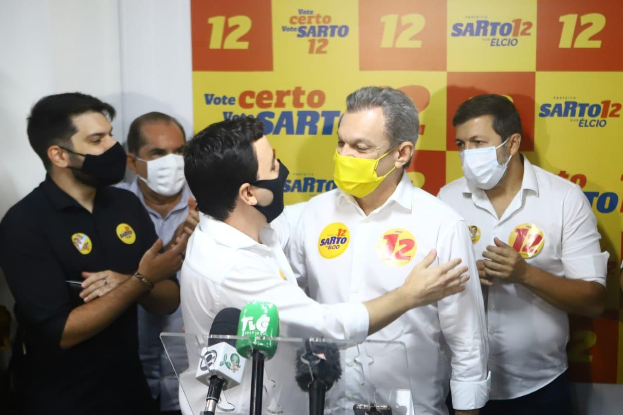 Célio Studart adere à campanha de Sarto