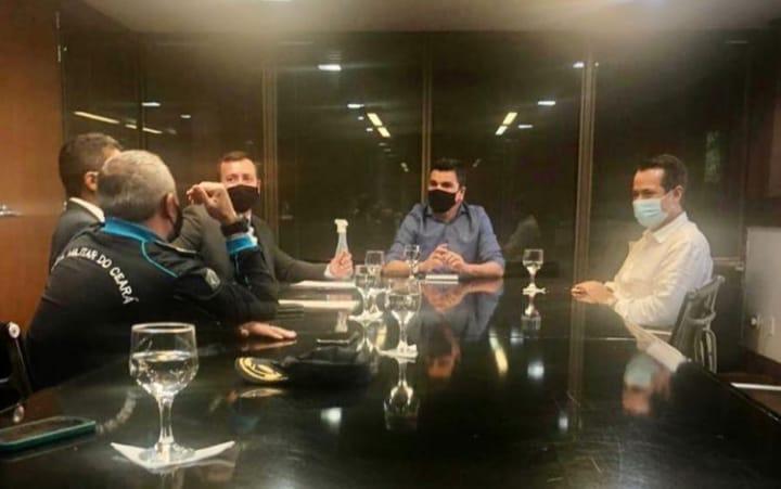 Caucaia: prefeito Vitor Valim se reúne com cúpula de Segurança do Estado e garante 190 novos policiais militares para o município