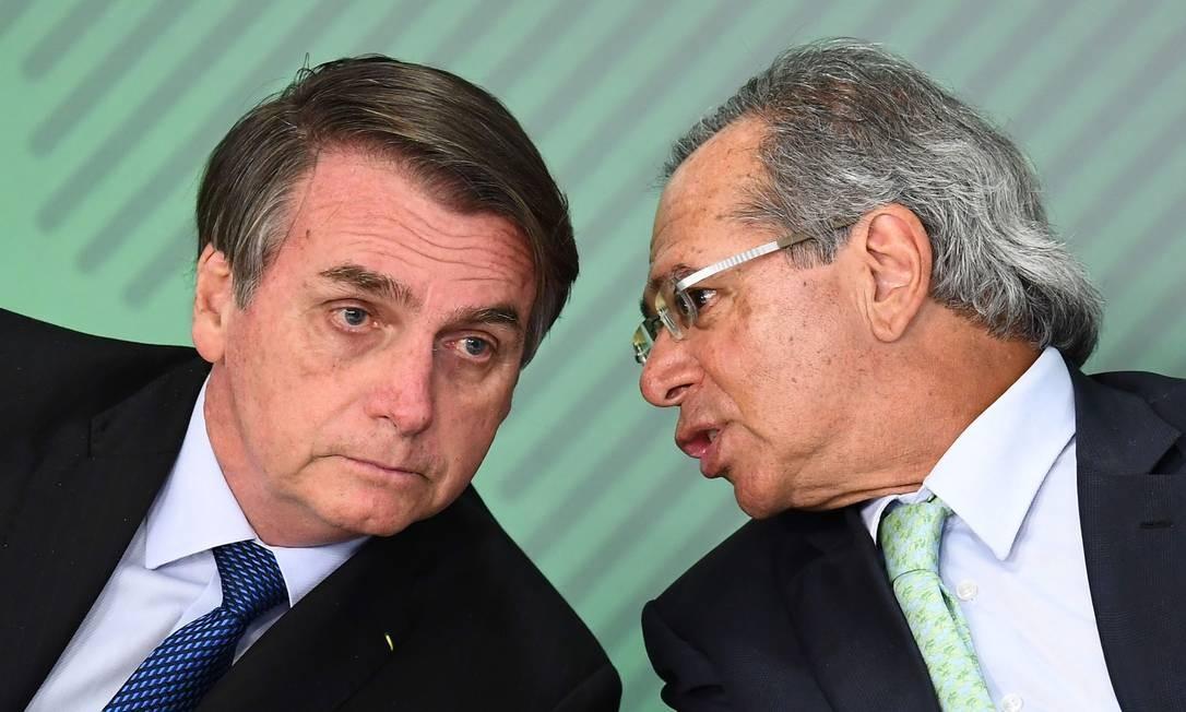 Bolsonaro vai liberar R$ 60 bilhões a estados e municípios