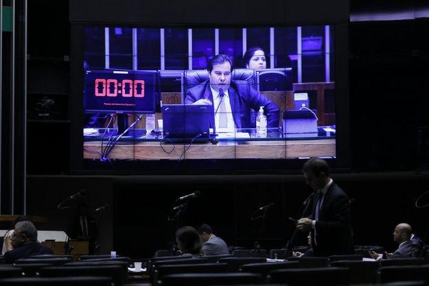 Câmara aprova proposta do novo Fundeb em dois turnos - veja os detalhes