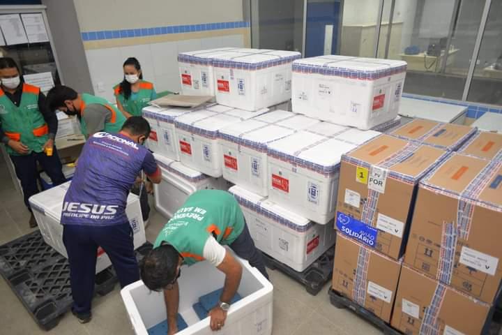 Ceará recebe mais de 255 mil doses de vacinas contra Covid