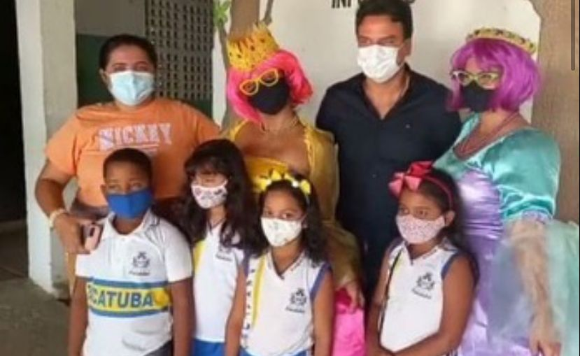Pacatuba: vice-prefeito Rafael Marques prestigia projeto 'Catadores de História' na Escola Gélia da Silva Correia
