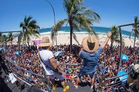 Deputado Eduardo Bismarck cria projeto que reconhece o carnaval de Aracati como patrimônio cultural nacional