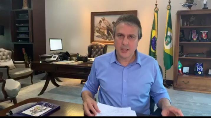 Camilo anuncia isenção da conta de água  para 338 famílias cearenses