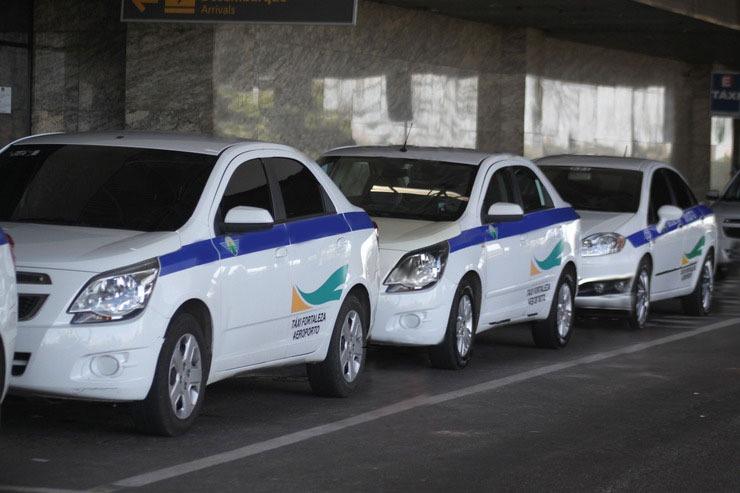 Senado aprova ampliação do auxílio emergencial e emenda de Tasso garante benefício aos taxistas