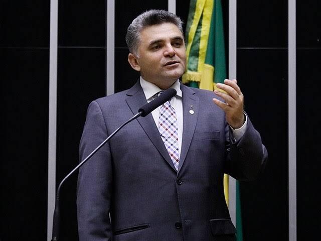 Presidente da Câmara Federal Arthur Lira, reapresenta Projeto de Lei de Deuzinho Filho