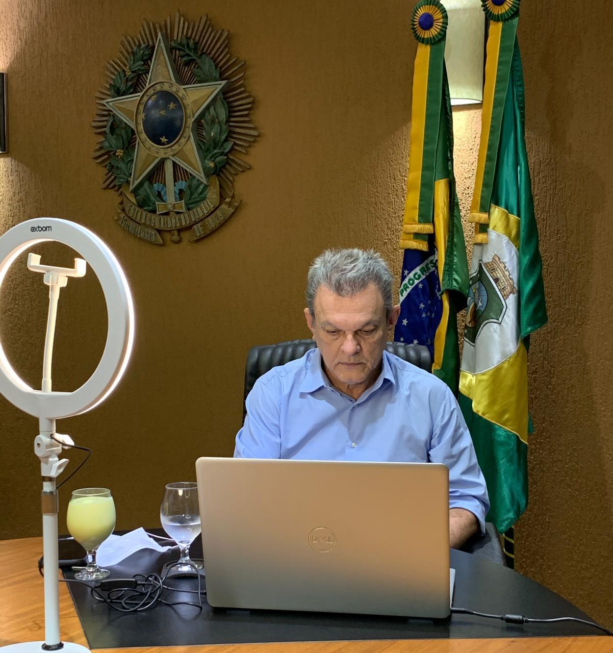 Sarto destaca atuação da Assembleia no combate à pandemia em evento para gestores públicos