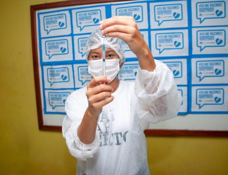 Eusébio avança na imunização contra covid-19 e começa a vacinar adolescentes de 12 a 17 anos nesta quinta