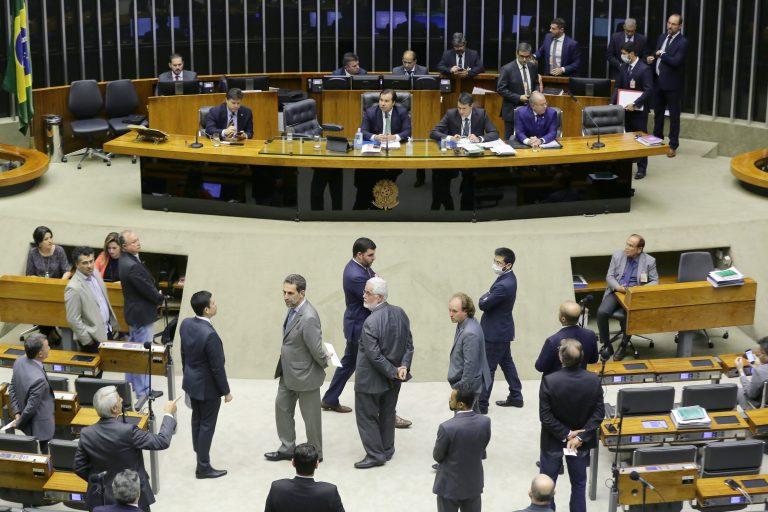Câmara aprova 'PEC da Impunidade' - como votaram deputados cearenses