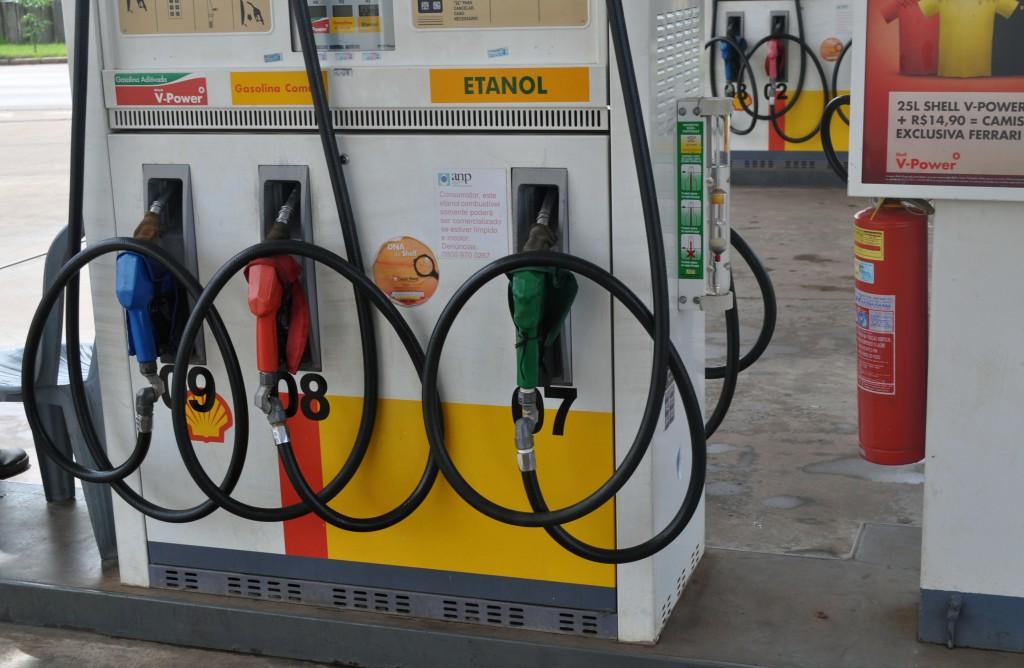 Postos de combustíveis passam a funcionar em horário reduzido a partir desta quarta-feira