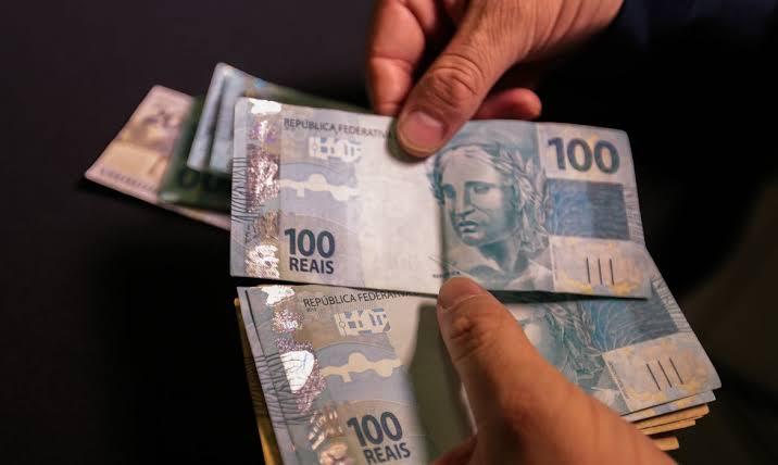 INSS começa pagar 13° salário nesta terça-feira