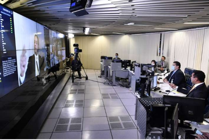 Centrão promete impedir adiamento das eleições municipais