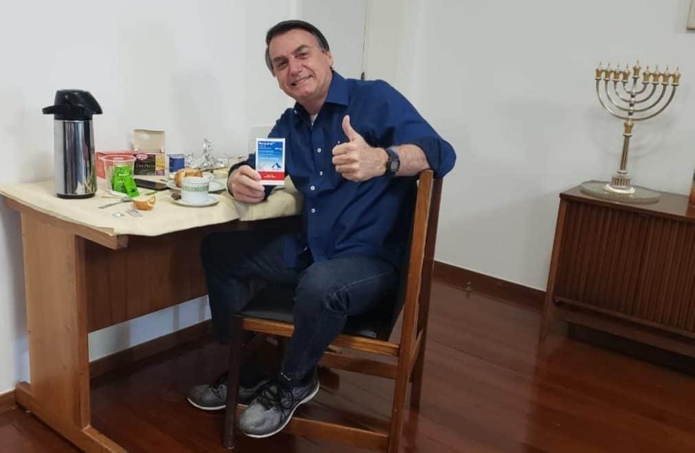 Bolsonaro afirma que não tem mais coronavírus