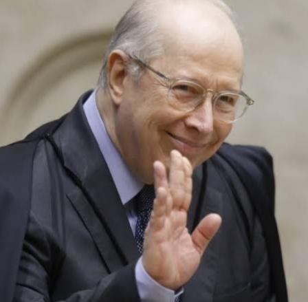 Ministros do STF Celso de Mello antecipa aposentadoria