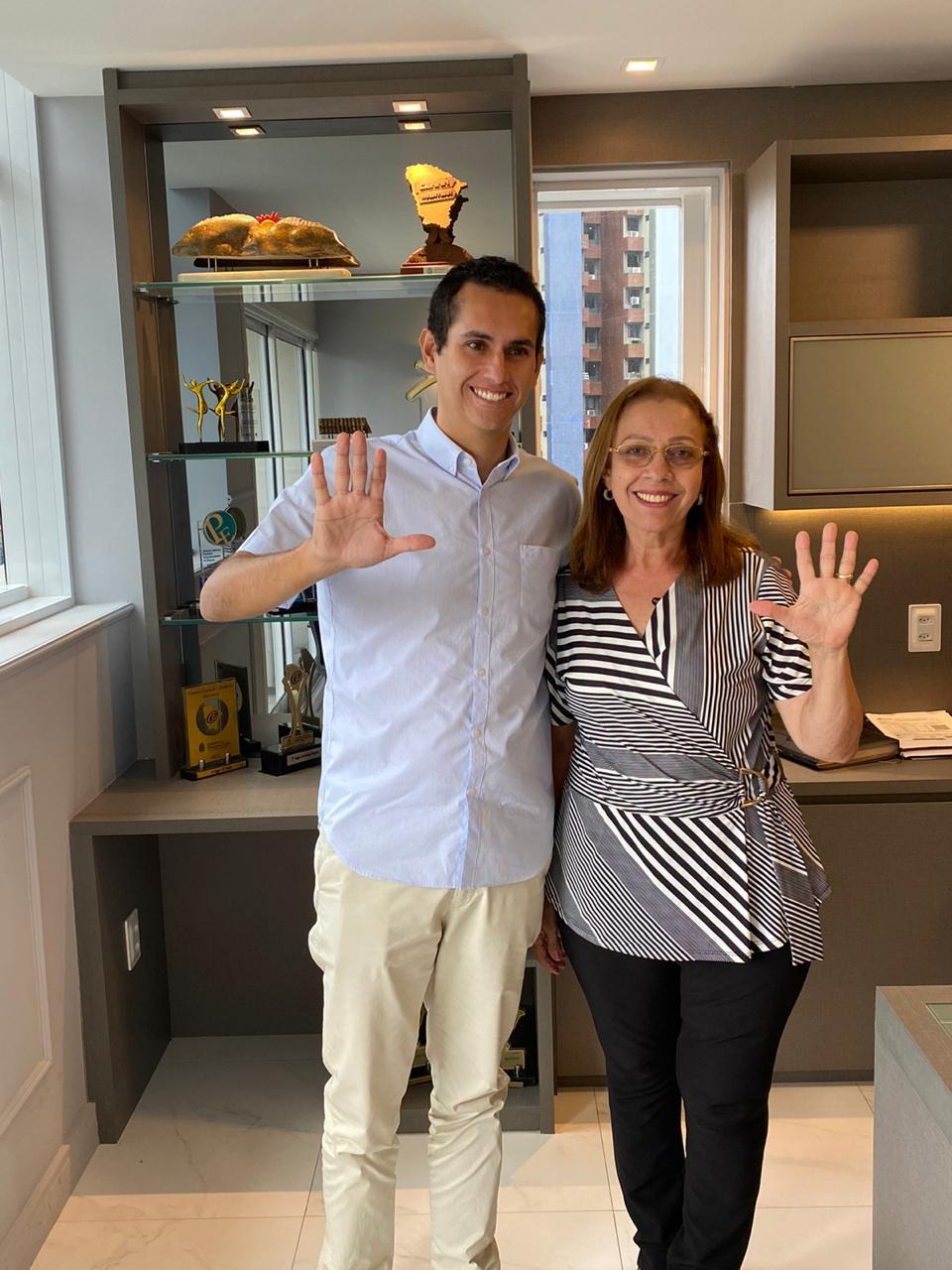 Domingos Neto reafirma parceria com a nova prefeita de Itapajé