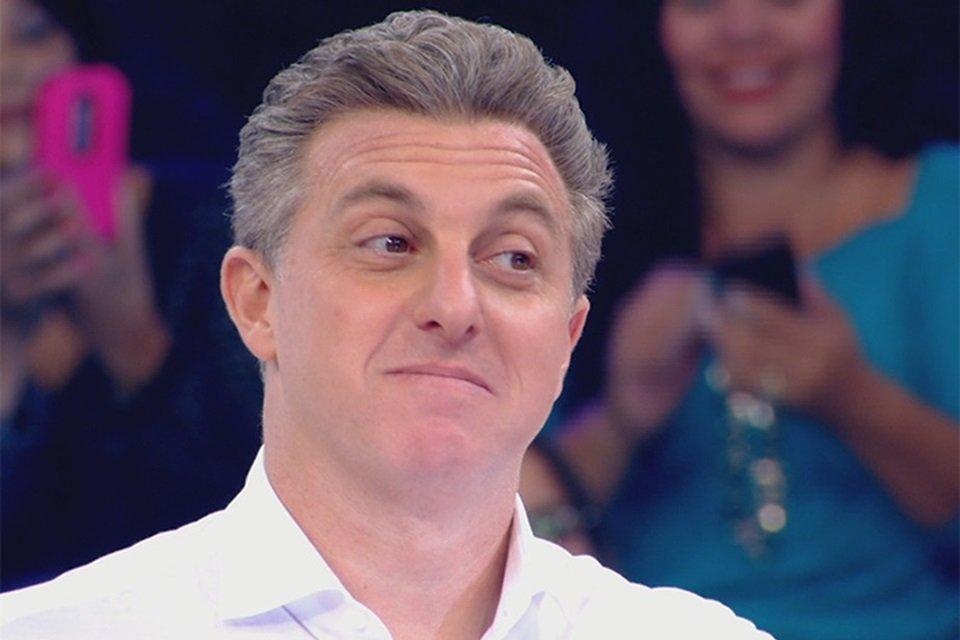 Luciano Huck deve deixar TV Globo para disputar eleição presidencial e já teria substituto