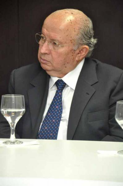 Pai do prefeito de Fortaleza Roberto Cláudio está internado
