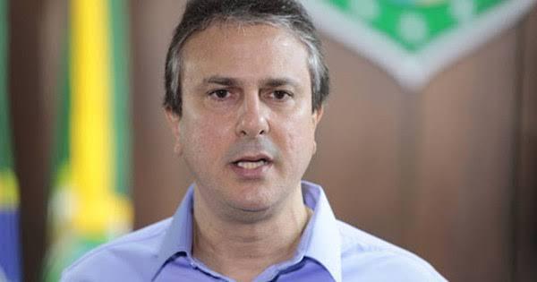 Comércio cearense deve voltar a funcionar a partir dessa segunda-feira, anuncia Camilo Santana