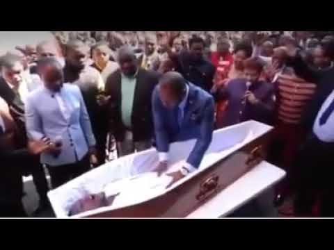 Pastor é processado por simulação de ressurreição de um homem –veja o vídeo