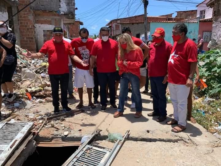 Luizianne Lins critica abandono do Vila do Mar no primeiro dia de campanha