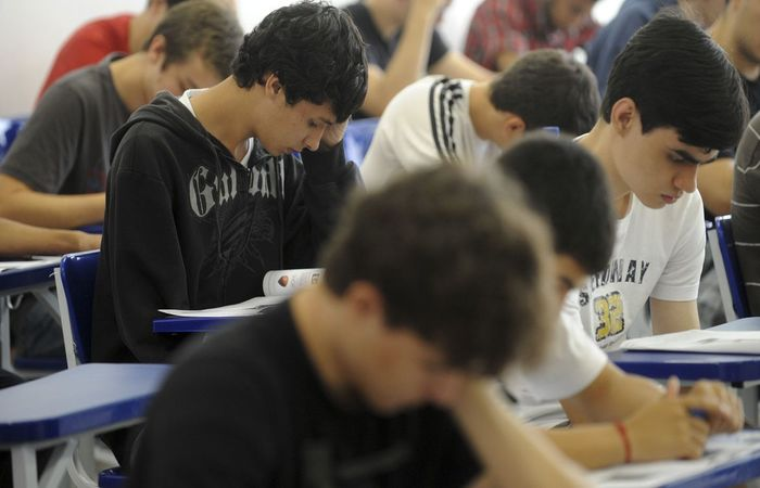 Estudantes e docentes já podem solicitar gratuidade na emissão de vistos para residência temporária no Mercosul