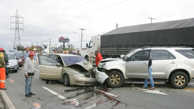 Motoristas bêbados envolvidos em acidentes poderão ressarcir SUS por gastos com vítimas