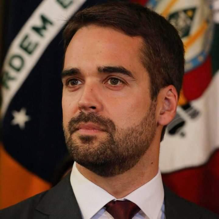 Tasso Jereissati desiste de sua candidatura para apoiar Eduardo Leite para Presidência da República