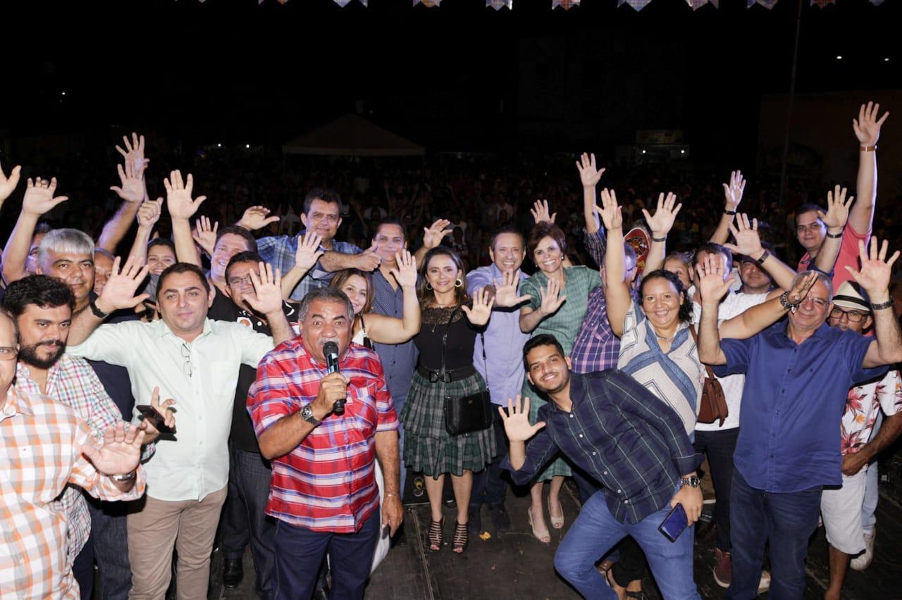 Patrícia Aguiar e Domingos Filho  participaram da festa em Ico para filiações no PSD