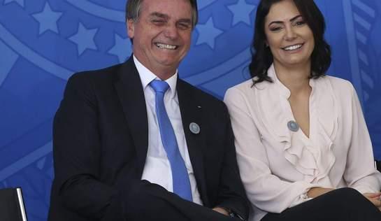 Esposa de Bolsonaro está com coronavírus