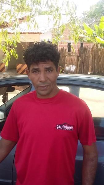 """Homem coloca tornozeleria eletrônica em """"jumento"""" para fugir da Polícia - vídeo"""