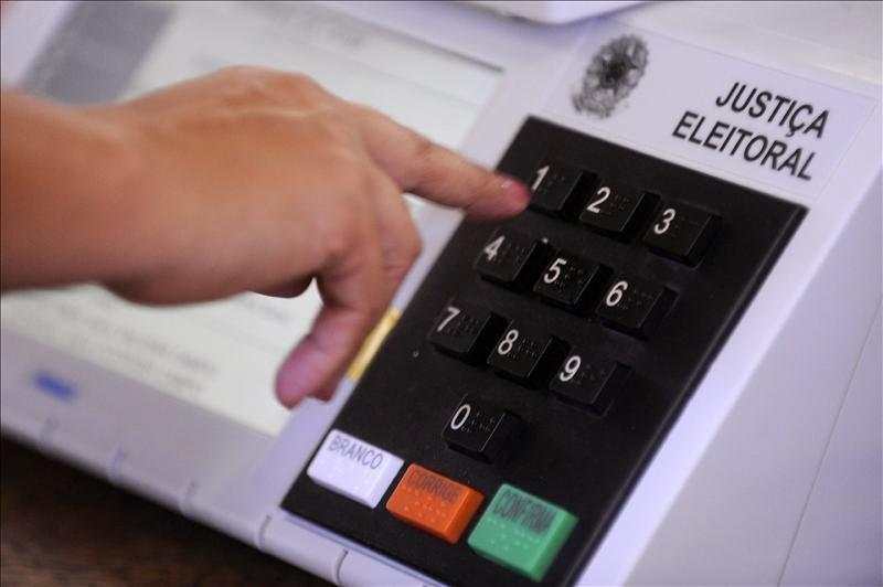 Eleitores de Aracoiaba irão às urnas neste nesse domingo eleger seu prefeito e vice, entenda