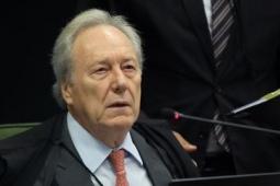 Ministro do STF mantém quebras de sigilo de Pazuello e Mayra Pinheiro