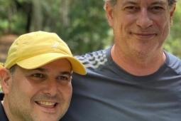 Ciro Gomes parabeniza Roberto Cláudio pelo seu aniversário