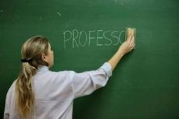 Governo Federal  concede reajuste de 12,84% do piso para professores