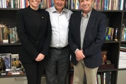 Domingos Filho e Patrícia Aguiar se reúnem com governador do Piauí recebe para tratar sobre integração asfáltica de municípios entre o CE e PI