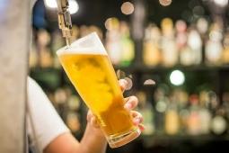 Justiça libera engarrafamento da cerveja Backer