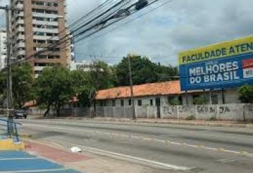 Justiça suspende demolição de casas na Aldeota