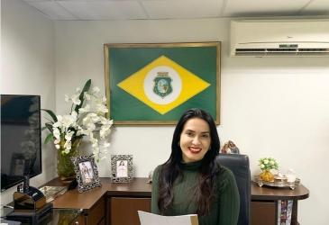 Aderlânia Noronha garante 100 vagas do Programa Primeiro Passo para o município de Parambu