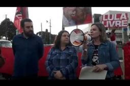 """Gleisi Hoffmann diz, """"Lula tem que ser solto, dorme o sono dos justos"""" – veja o vídeo"""