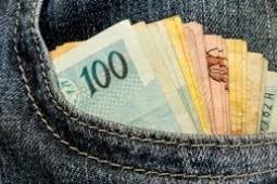 Prefeitura de Fortaleza paga a primeira parcela do 13º salário nessa sexta-feira