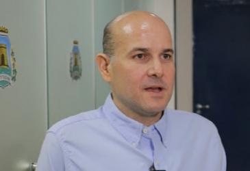Roberto Cláudio anuncia antecipação de dois feriados